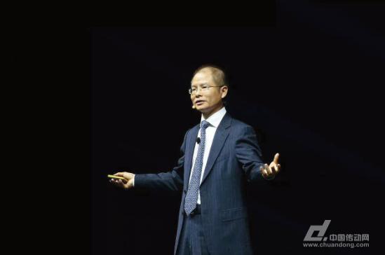華為輪值CEO徐直軍:AI將以新技術應對快速變化的世界