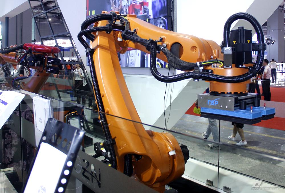 机器人,码垛机器人,机械手臂