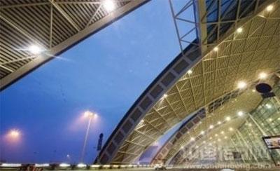 成都双流国际机场t2航站楼照明效果