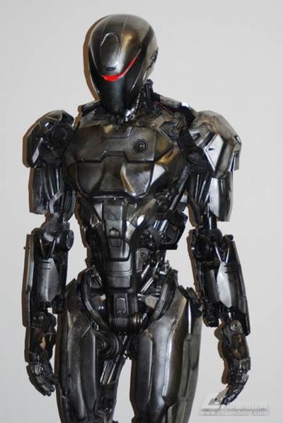 objetconnex多材料3d打印技术设计和制作的机械战警战甲和头盔
