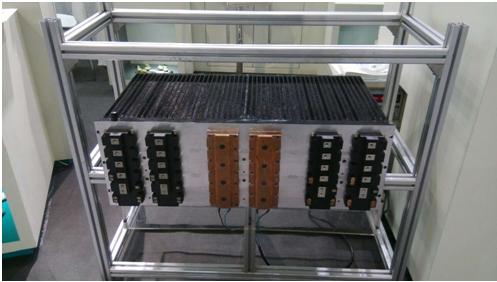 鹰峰电子通过本次展会展示了电容器,热管散热器,叠层母线在电动汽车