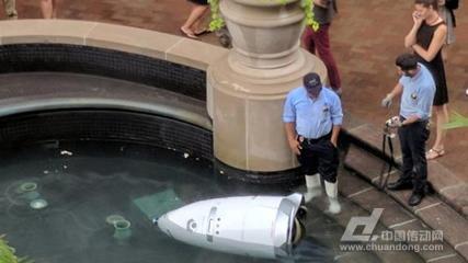 保安机器人 自杀 AI风险须重视